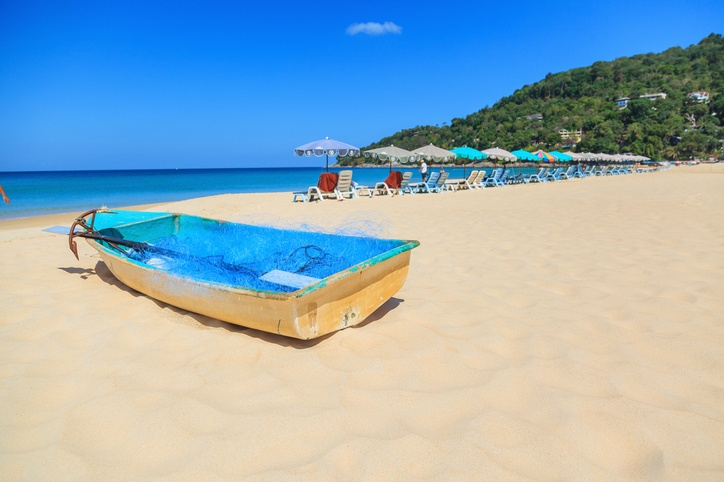Patong: the party beach of Phuket